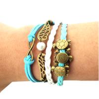 Turtles Pendant Charm Bracelet