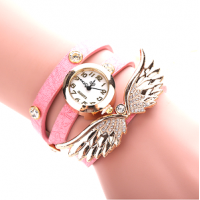 Winged Pendant Round Leather Watch